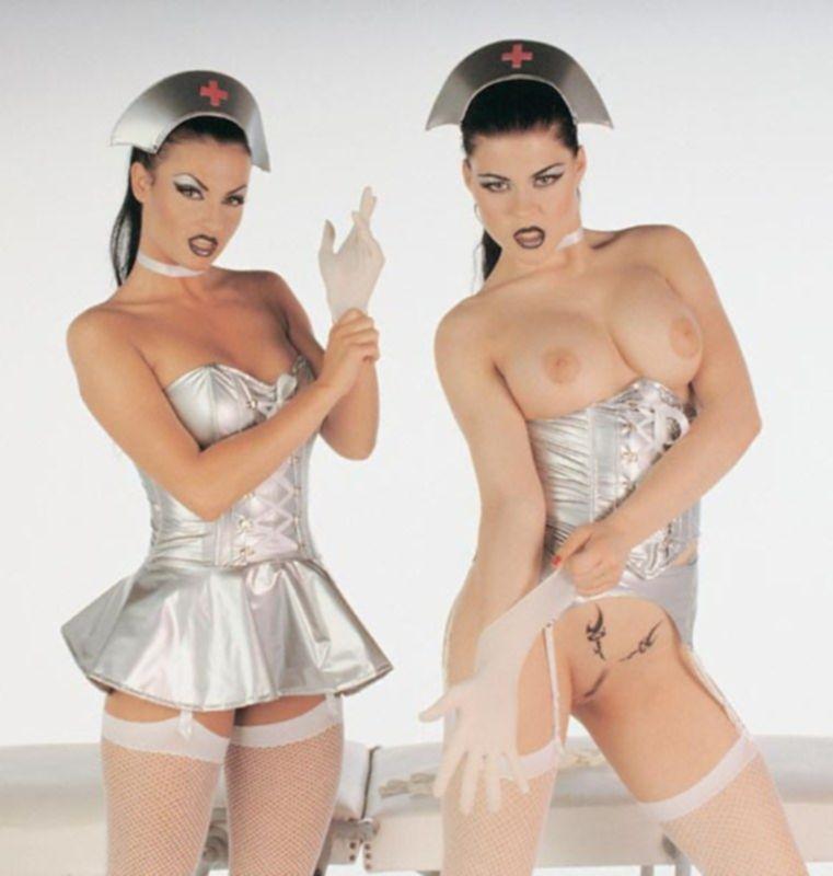 Фото с голыми медсестрами