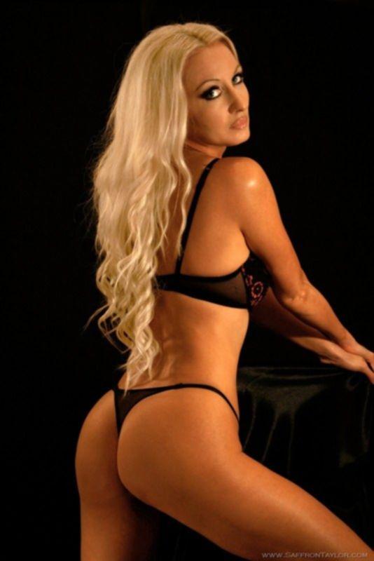 Красивая эротика классный блондиночки