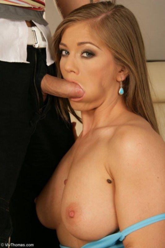 Сексуальная девушка Рита ублажает своего парня