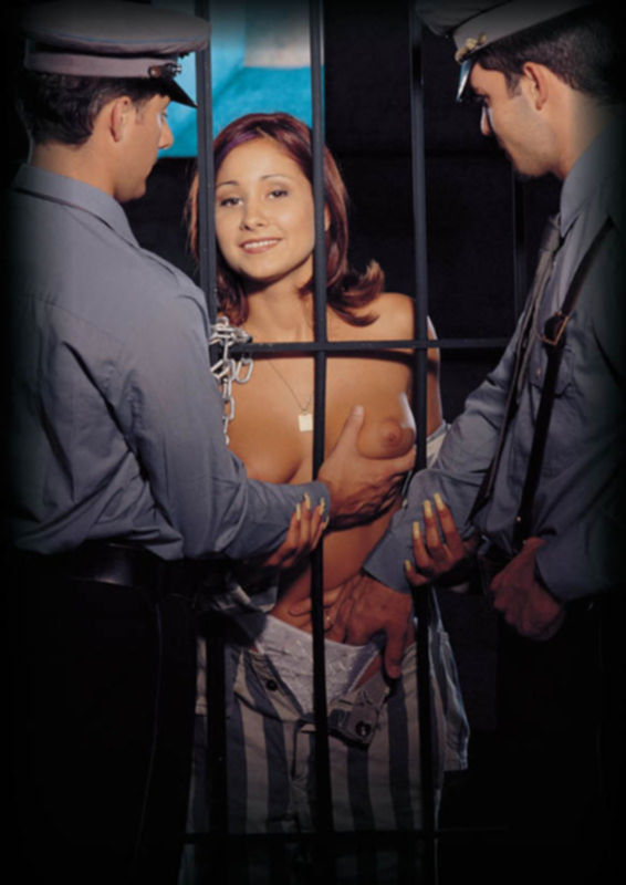Секс с заключенной девушкой
