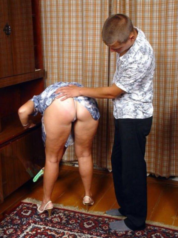 Секс с целлюлитной бабкой